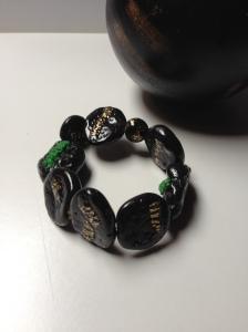 pulsera verde y negra 3